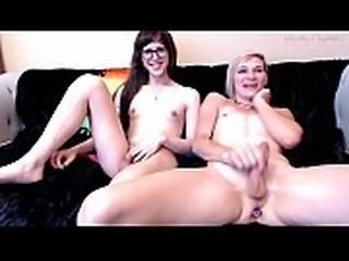 AshlynMay x AmyMatters - Buttplug and nipple sucking