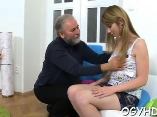 Young babe gets brave to suck old schlong of a nasty boy