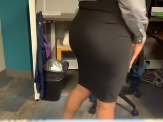Masturbating in my REAL COWORKERS Cubicles - Risky Masturbation