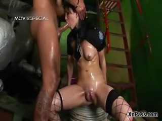 Extreme whore gets her ass fucked rough part4
