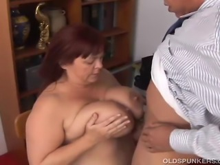Beautiful busty old plumper gives a great blowjob and tit fuck