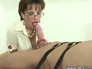 Prodomme gets kinky on a cock