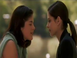 Sarah Michelle Gellar lesbian kiss - tata tota lesbian blog