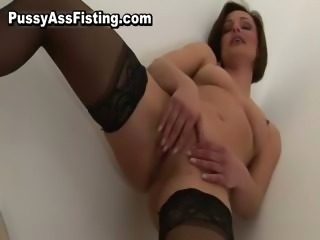 Lesbian slut gets her tight pussy fisted part6