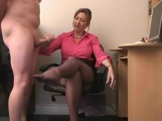 Milf handjob - Legs cumshot