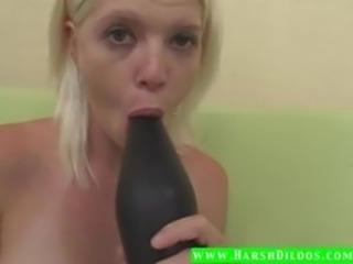 Blonde fucking a extreme big dildo