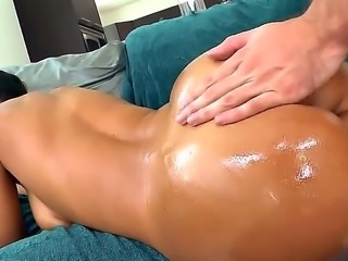 This week I have for the beautiful Lisa Ann, Lisa is a veteran with this...