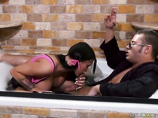 Danny Mountain makes Beautiful gal Jenna Presley with gigantic tits gag on...