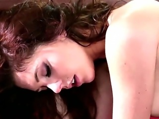 Kiera Winters gets her luscious pussy licked by Sinn Sage while horny Kirsten...