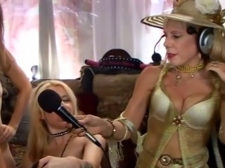 Jewish granny squirts during sex-show