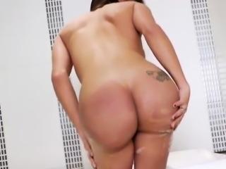 Latin TS Babe Carla Moura Masturbates In A Hot Tub