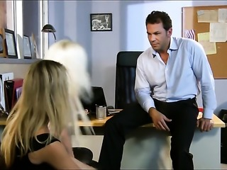 Threesome sex in office