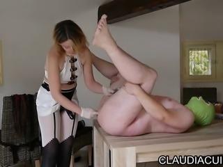 maitresse claudiacuir dominatrice godeuse video sado maso sm