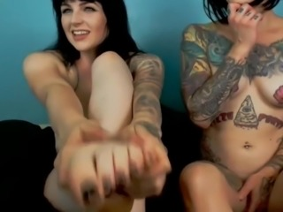 Tattoo Dirty Feet and Friend soles in face NO SOUND