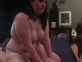 Sexy BBW riding cock