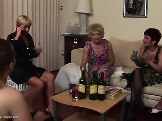 Mature_party