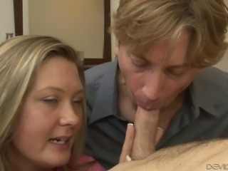 Couple invites a hot guy to their bed for bisexual fucking