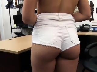 Busty amateur babe banged by pawn dude in the office