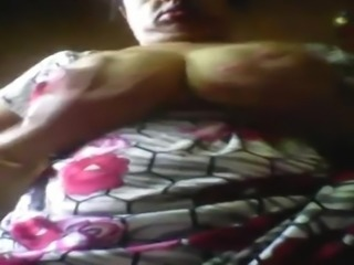 22 hot boobs pussy aunty shws to lover