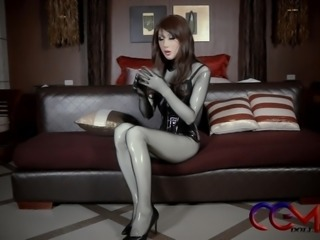 M-Princess Diary latex babe Vibrators bondage