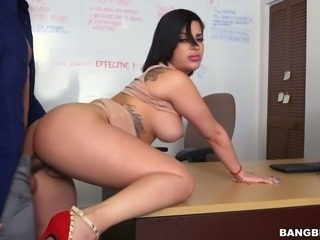 Delicious curvy babe Kitty Caprice fucked brutally in a doggy position