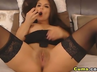 Pretty Webcam Cockteaser Shows Boobs and Wet Pink Pussy