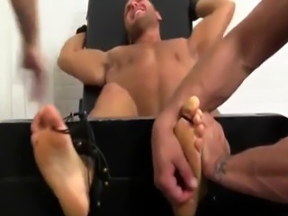 Gay porn with pale skin guys first time Muscular Tyrell Tickled