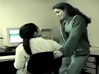 Hottie Webcam Babe Masturbating