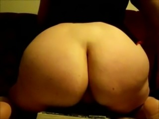 Chubby perverted amateur housewife bragged of her really big cellulitis ass