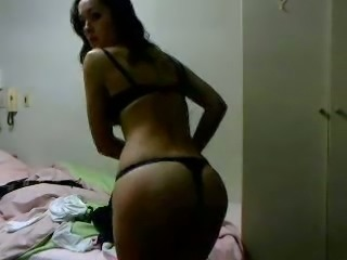 Wonderful all natural kinky webcam girl stripteased in her own way