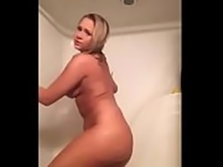 [HD] Busty Blonde Dances On Live Show - adultlivechat.net