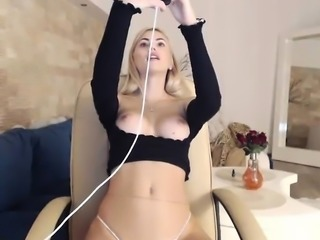 Busty Babe Striptease Webcam Tube