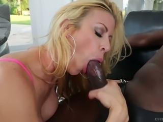 Hungry MILF Alexis Fawx is fucking her lover on top and doing all of the work