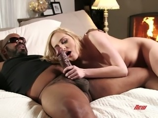 Before being fucked blond head Kate England surprises BBC owner with BJ