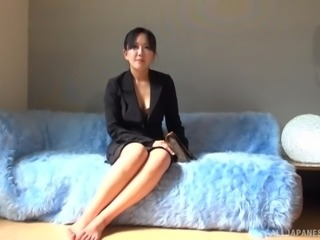 Amateur big titted Japanese MILF comes with a stranger to his place