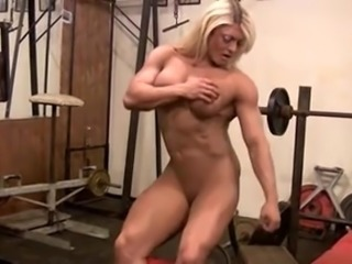 Sweet strong hot woman. Everybody wanna fuck her!