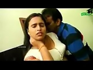 unsatisfied indian house wife romance carpenter when husbend in bath room...