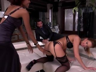 Sharon Saint and Luna Corazon hook up to seduce a handsome man