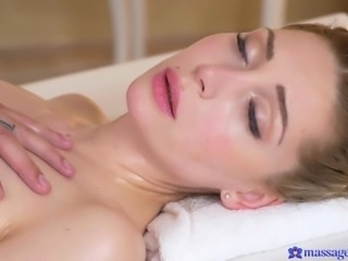 Every part of her body is tingling as the masseur rubs his fingers all over...