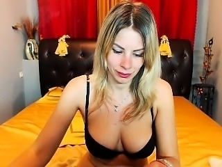 Hot milf squirting on webcam