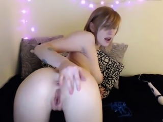 Bigtit redhead bombshell fills her ass with her new toys