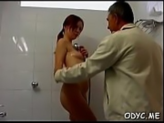 Hawt girl&#039_s hairless cunt banged