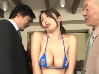 Two fellas fucking the face of a salacious Asian Ayumi Shinoda