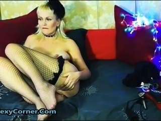 Squirting German Blonde MILF Enjoys Deep Pussy Fuck