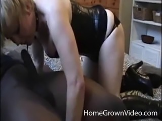 Kinky amateur housewife gives a good sucking to her ebony friend