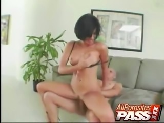 Rough Cock Filling For A Juicy Pussy