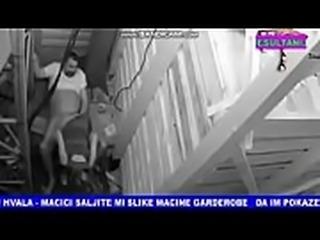 pareja es captada en c&aacute_mara follando OBTEN SU WP Y FB: http://j.gs/Acme