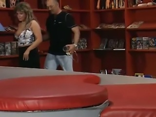 Freaky man adores eating big muff of his busty housewife after pump workout