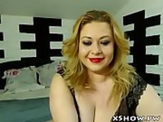 Horny Chubby Girl Masturbation