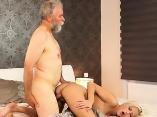 Old mom blowjob first time Surprise your girlcompeer and